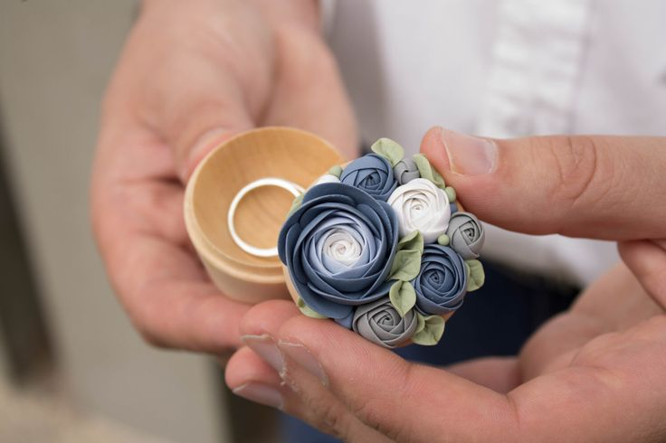 Blue Purple White Rose Flower Ring Box Wholesale Wooden Round Decorated Engagement Ring Holder Ring Case Wedding Gift Home Decor by EtenIren on Etsy https://www.etsy.com/listing/461325450/blue-purple-white-rose-flower-ring-box