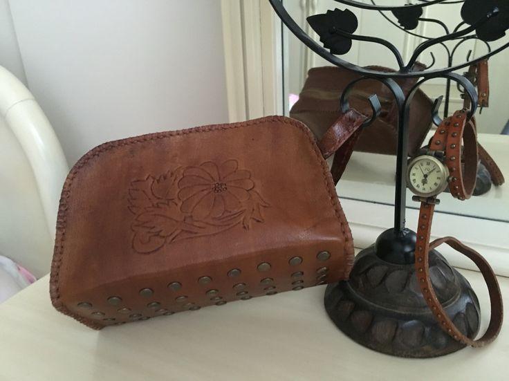 Deri makyaj çantası