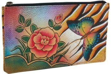 Anuschka card-holders zijn een feest voor de ogen met hun heldere kleuren en prachtige design elementen in prachtig leer. Elke handtas wordt getransformeerd  -