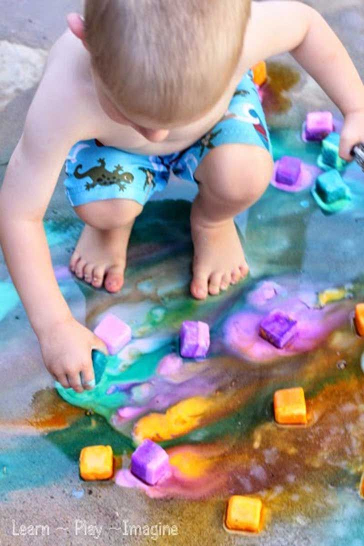 Erupting-ice-chalk-paint-recipe-(5)