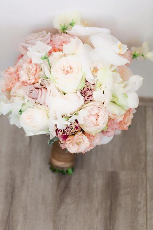Wit en Roze Bruidsboeket