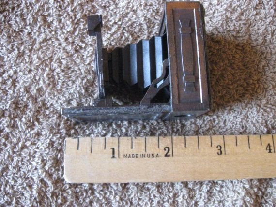 Vintage Dies Cast Pencil Sharpener Old Camera Shape by DyDa