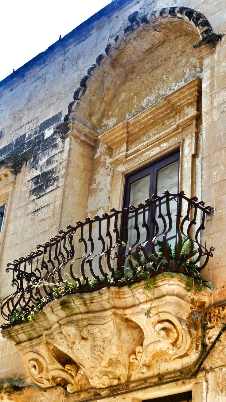 Galatina, Lecce, Puglia Scopri di più sul posto qui http://www.nelsalento.com/guide/galatina.html