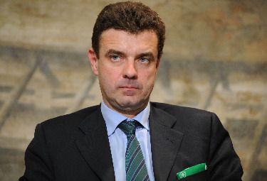 Roberto Cota non è più il presidente della Regione Piemonte, il Consiglio di Stato ha confermato la decisione della magistratura detronizzando il governatore.