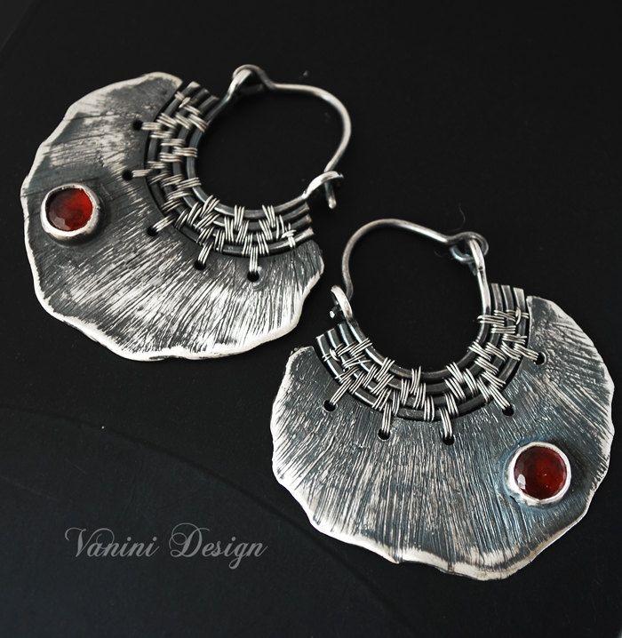 Pétale Fine silver garnet earrings by vanini on Etsy