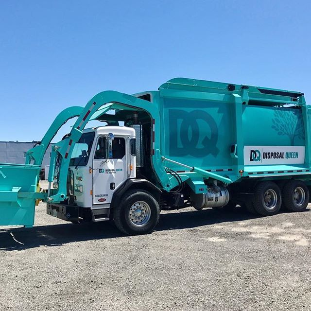 Disposal Queen provides commercial bins with high standard services and reasonable prices for the Metro Vancouver area in Canada. Contact us for your commercial Garbage Disposal recycling needs!