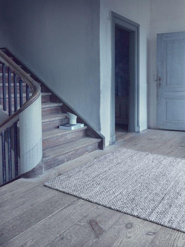 Alfombra de lana ICELAND, de la colección LD Selected de Linie Design, tejida a mano. Distintos colores y medidas.