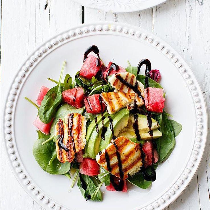 Salade avocat, mâche, poulet et pastèque