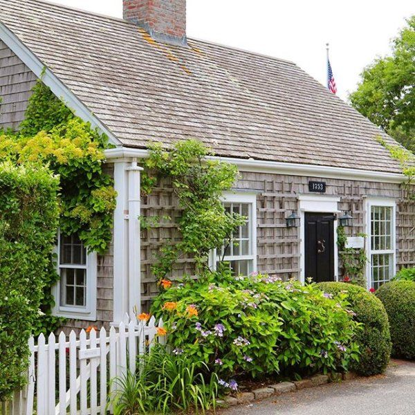 Best 25 Nantucket Cottage Ideas On Pinterest Stop And