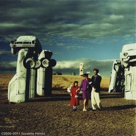 2000 - Travel - Carhenge - 1200px-wmk