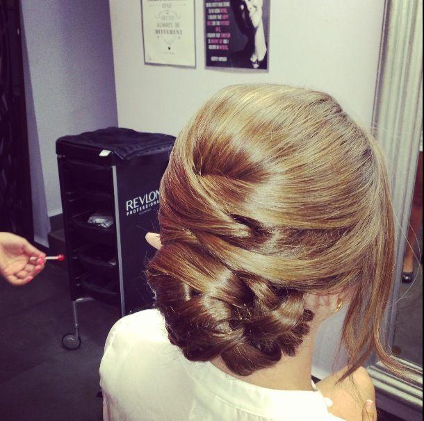 Like the criss cross hair