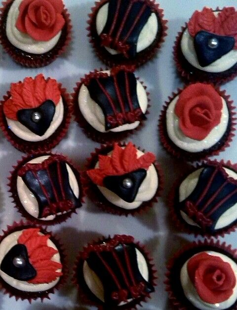 Burlesque mini cupcakes made by Me