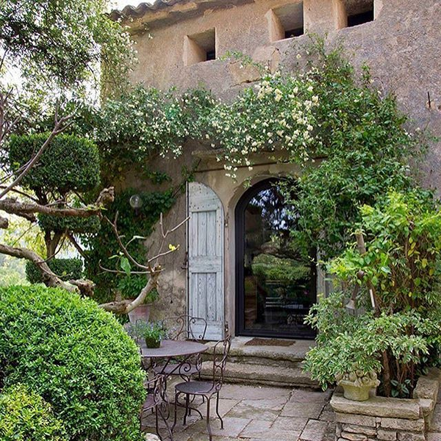 Mediterranean Style Gardens: 25+ Best Ideas About Mediterranean Style Shutters On