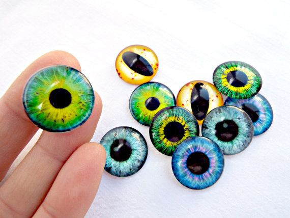 10 Eye Cabochons, 20mm Glass Eyes, Glass Cabochons, Mixed Pack, Jewelry Eyes, Monster Eyes, 20mm Eyes, Jewelry Supplies, UK Seller