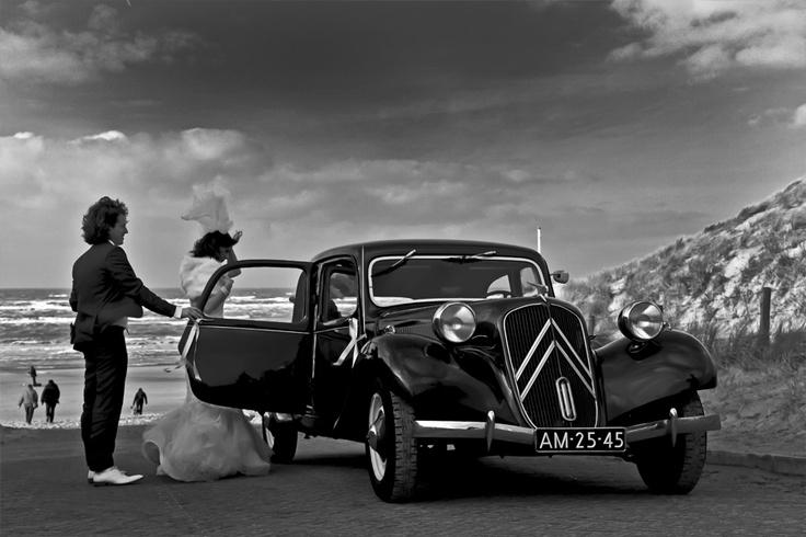 Jaa-design: fotografie, trouwen strand, wind, sluier, huwelijk