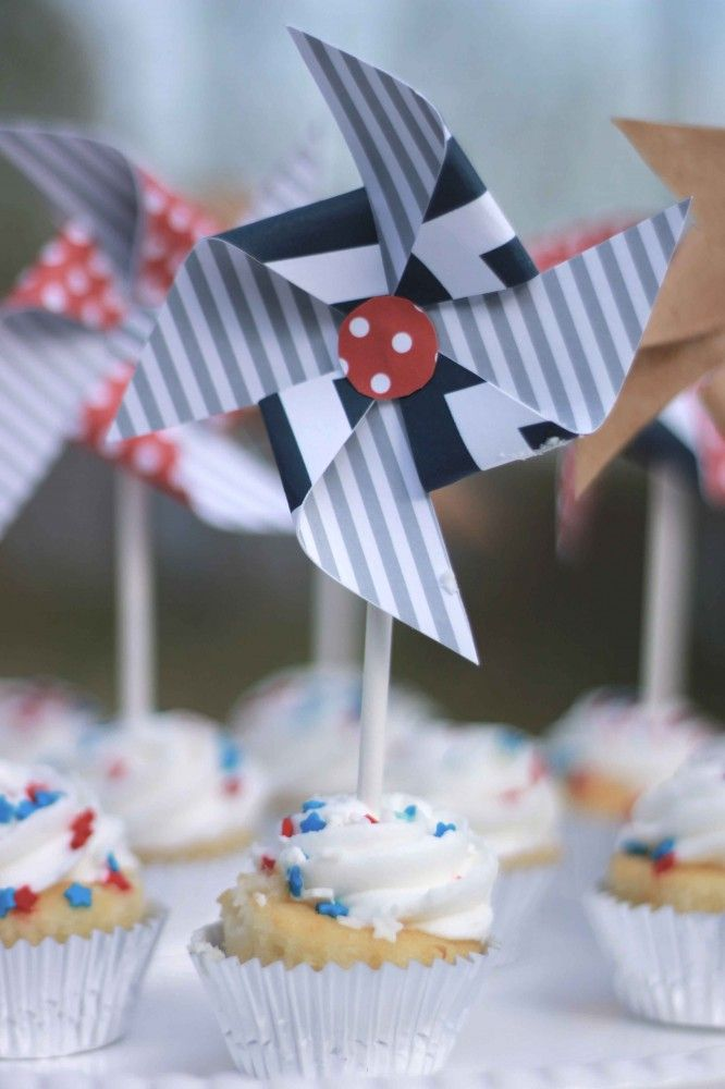 Here are some of @Pear Tree Greetings favorite 4th of July party ideas! #4thofJuly #partyideas #freeprintable