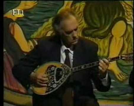 Taximi Zeimbekiko - Stelios Vamvakaris (+playlist)