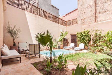 Sjekk ut dette utrolige stedet på Airbnb: Riad 160m2+piscine+jardin en medina i Marrakesh