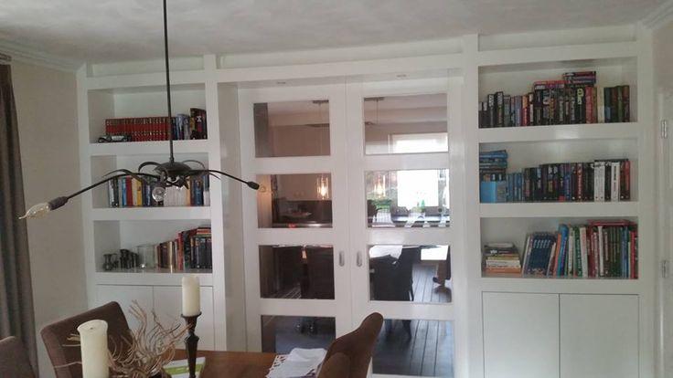 Mooie sfeervolle #greeploze keuken met #Kamer En #Suite kasten uit eigen werkplaats mogen plaatsen.