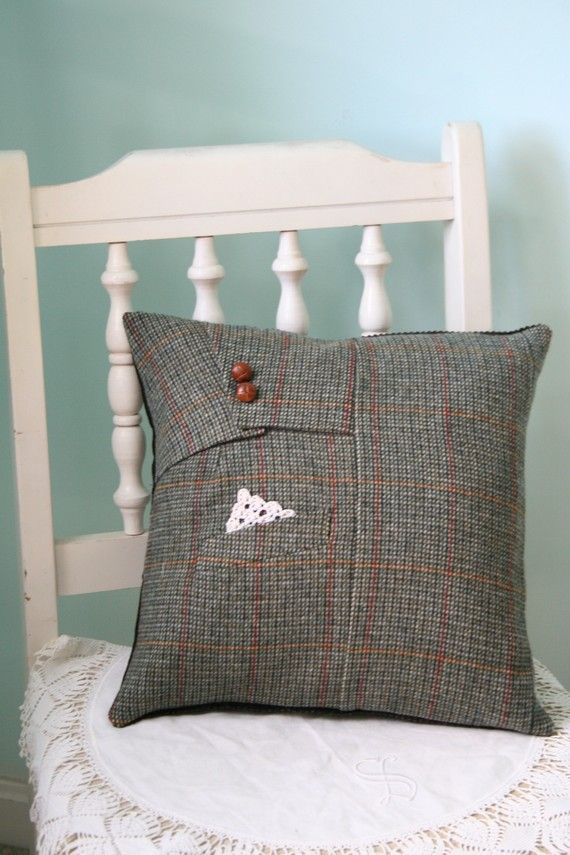 English Lady - Green Tweed & Lace Pillow Cover