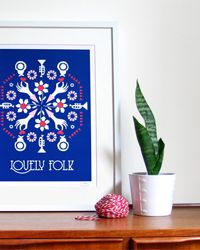 Screening: My friend has shown me these great screen prints from Australian designer, Naomi Murrell...[design blog]