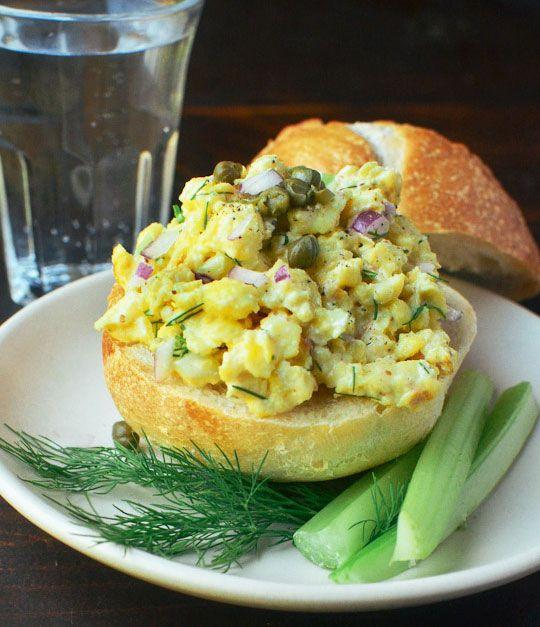 scrambled egg salad sandwich