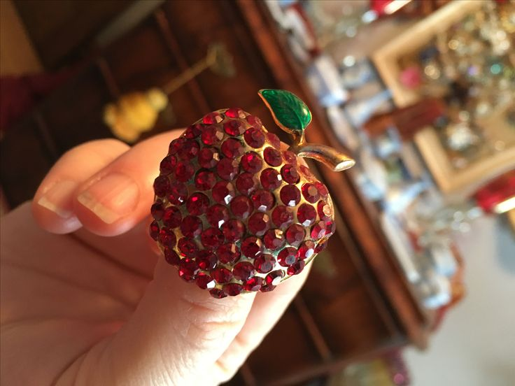 Super fun red apple brooch.  I will wear this whenever I get to NYC.  Value Village $4.99.