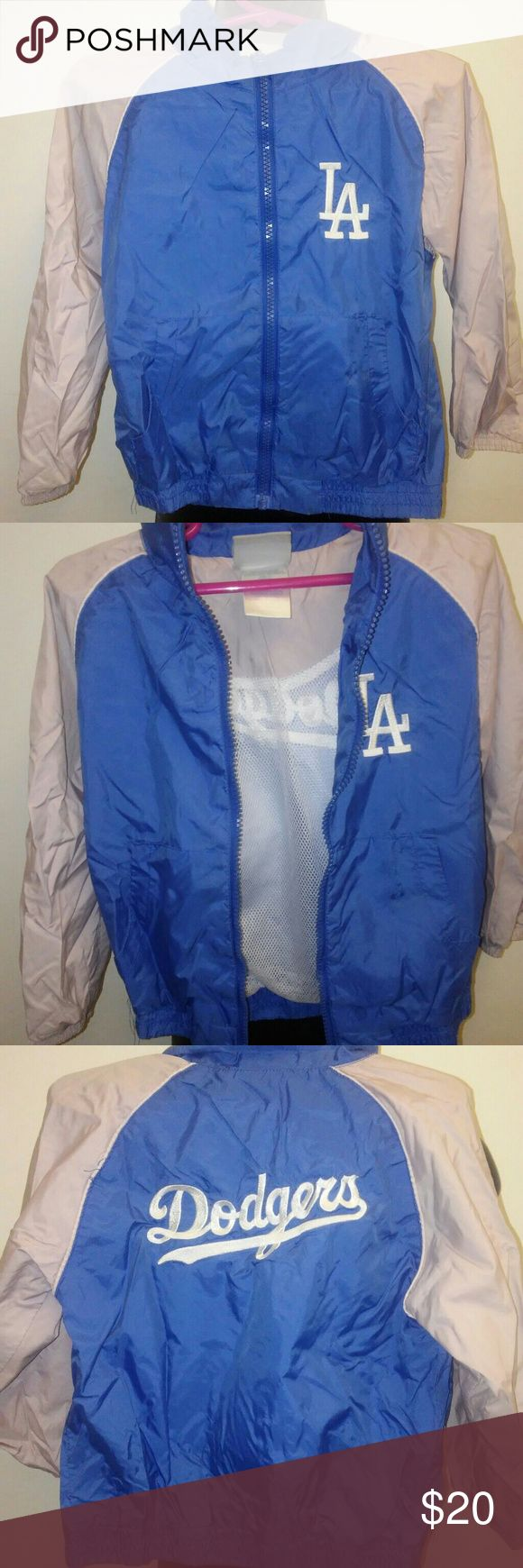 Dodgers Toddlers Windbreaker Jacket 3t pre-owned excellent condition tiny dirt mark barely noticable (see photo) Dodgers Jackets & Coats Blazers