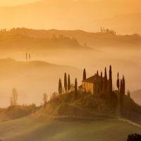 Beautiful Landscape Near Pienza Tuscany Italy Wallpaper