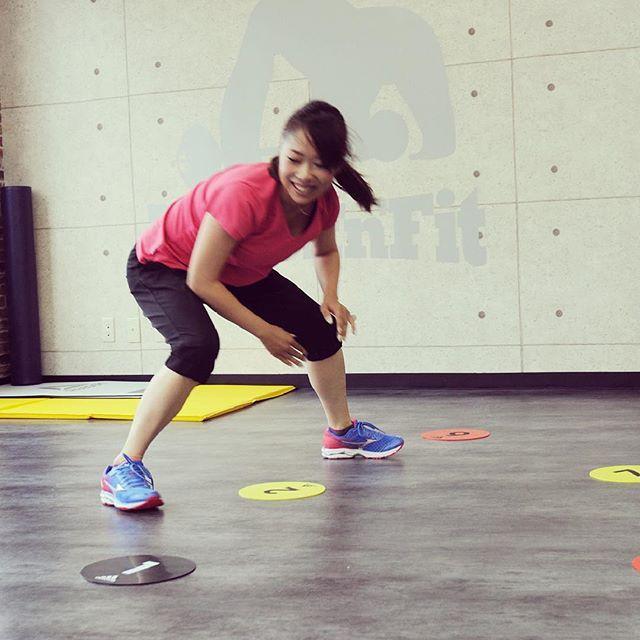 フラットタッチトレーニング‼️ 俊敏性と体幹、下半身強化に効果あり🔥 実際にやってみると楽しめるトレーニングですよ♪ スパルタンレースまで残り14日🔥🔥 #dsboxnfit #gym #personaltraining #boxing #kickboxing #martialarts #fitness #workout #training #diet #sport #muscle #food #protein #japan #tokyo #shibuya #shinjuku #ジム #パーソナルトレーニング #ボクシング #キックボクシング #格闘技 #筋トレ #スポーツ #初台 #肉 #渡嘉敷佳重 #1week #spartanrace