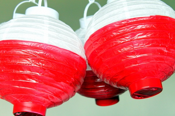 {Get Your Craft On} Paper Lantern Fishing Bobbers