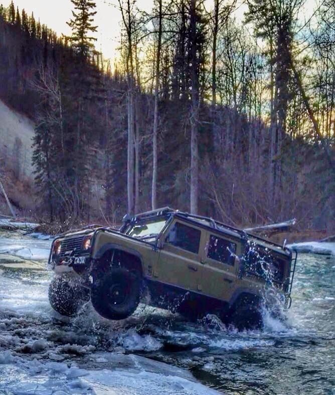 Alaska & Land Rover Defender. OP - When I saw photo I memorize jumping fishes out of the water