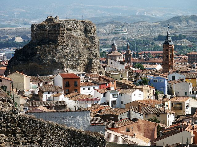 castillo del reloj - calatayud - zaragoza - españa