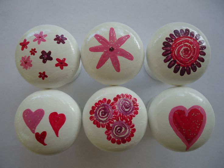 Handpainted Wooden Drawer Love Knobs - Set of 6 by MYMIMISTAR on Etsy