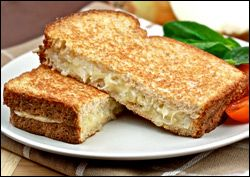 Guilt-Free Grilled Cheese Recipes from Hungry Girl: Caramelized Onion Grilled Cheese!! Yum!!