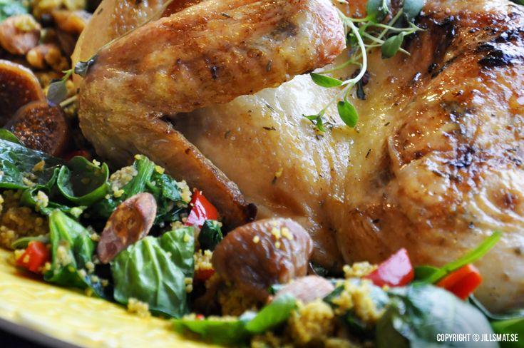 Här kommer mitt recept på en otroligt smakrik och saftig kyckling med spännande blomkål med smaker från Orienten.