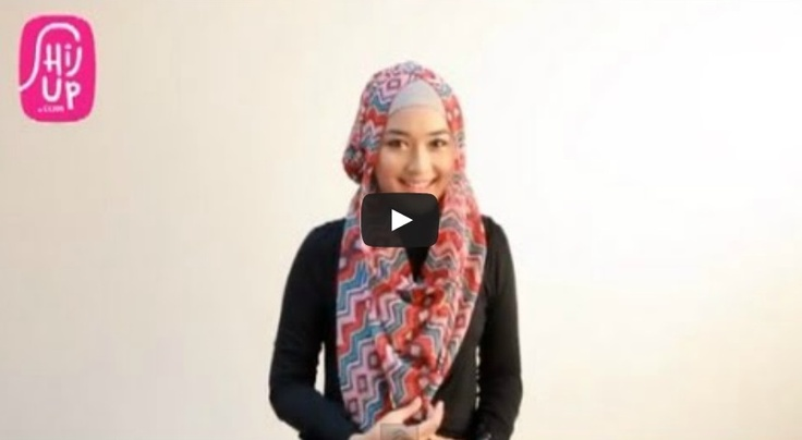 HIJAB TUTORIAL STYLE 20     Check the designers collections at HijUp.com  Get Up with your Hijab and Be Fabulous with HijUp! ♡     Song: Fabulous with HijUp - D.B.E  ___________________________________  Visit our youtube channel and find a lot of hijab inspiration there!  Happy Watching, Dear :)