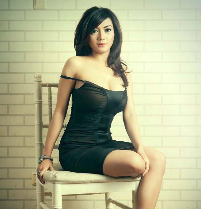 Rujuniarti Sapta Pertiwi Wiwid Gunawan Shes An Indonesian Actress