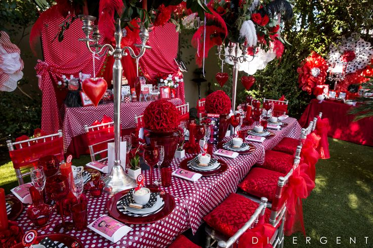 Red, Black and White themed garden birthday party set-up