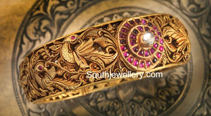 antique finish gold kada