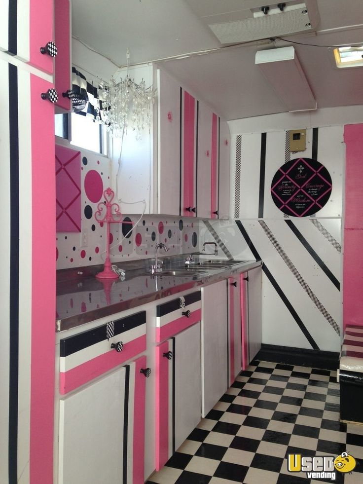 17' Wells Cargo Cupcake Trailer in Utah for Sale - 3