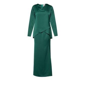"awesome Amar Amran Kurung Moden Qhalisa (Emerald Green) Top Shoulder x Burst x Sleeve Length (In inch) - S (14"" x 34"" x 22.5"" ) - M (15""x36"" x22.5) - L (16""x 38"" x 23"") - XL (17""x 40"" x 23"") Skirt Skirt Length x Hip (In inch) S (40"" x 38"") M (41"" x 40"") L (42"" x 42"") XL (43"" x 44"") ... #bajukurung #bajukurungmoden"