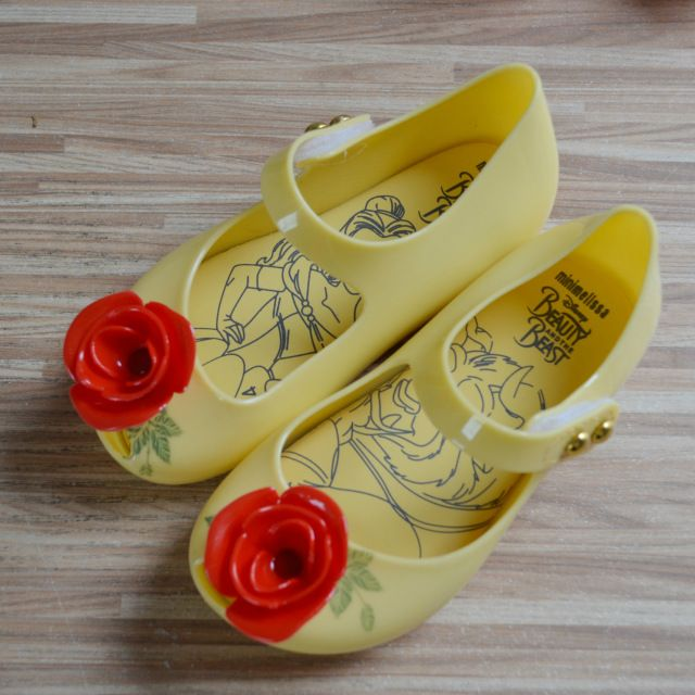 For Sale $11.24, Buy Mini Melissa Beauty and the Beast Rose Jelly Sandals Girl 2017 Summer Sandals Waterproof Children Rain Shoes Melissa Sandals