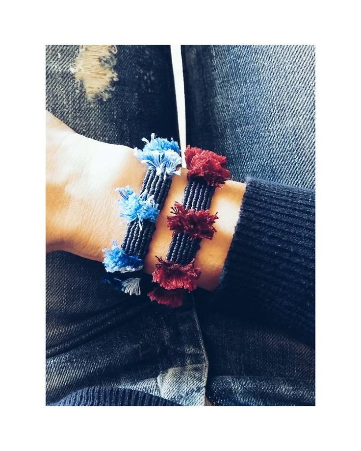 •blue°red or both•#ohsocutethings #handmade #jewelry #greekdesigners#greekdesigner #madeingreece #instapic #instajewels #instafashion #bracelet #love #cute #instagood #instaphoto #fall16#shop #instamood#photooftoday#jewelrygram#fashion#fashionista#fashionjewelry #fashiongram #happy#hippiechic  #accessories #instalike #tassels #boho