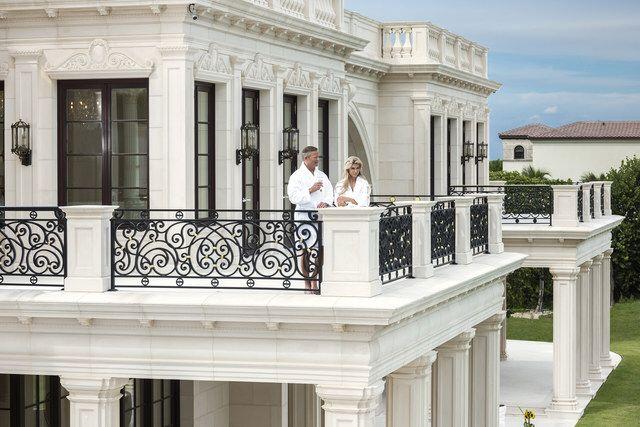 Le Palais Royal BALCONY DETAILS