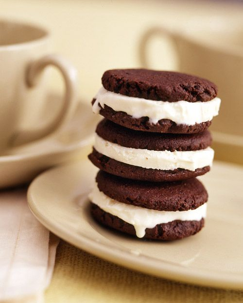 desserts (1) • Cinnamon Chocolate Frozen Yogurt Sandwiches • as part of Junk Food Makeovers (healthier snack recipes) • via Whole Living