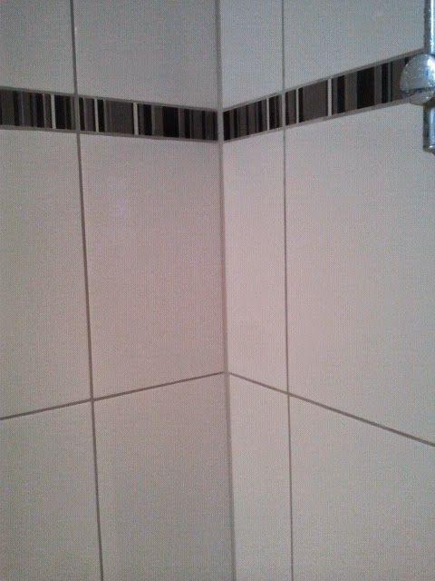 17 beste idee u00ebn over Badkamer Tegels Schoonmaken op Pinterest   Badkamer tegel schoner, Schone