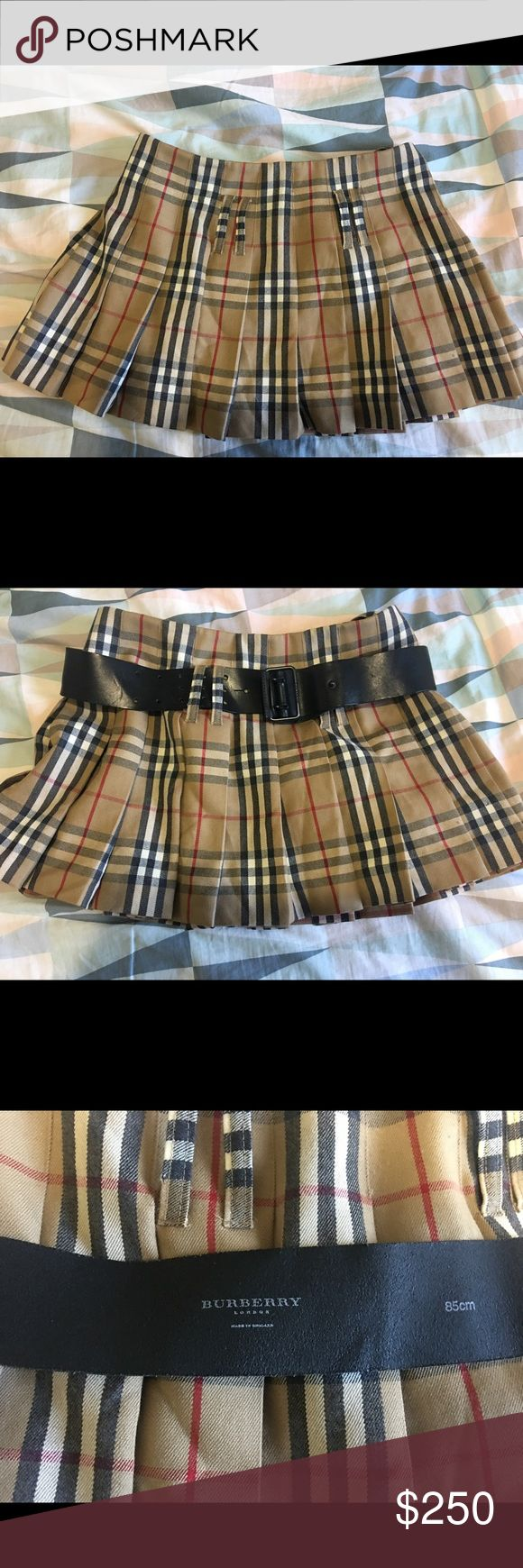 Burberry skirt US size 6 UK size 8 Like new, great condition Burberry Skirts Mini