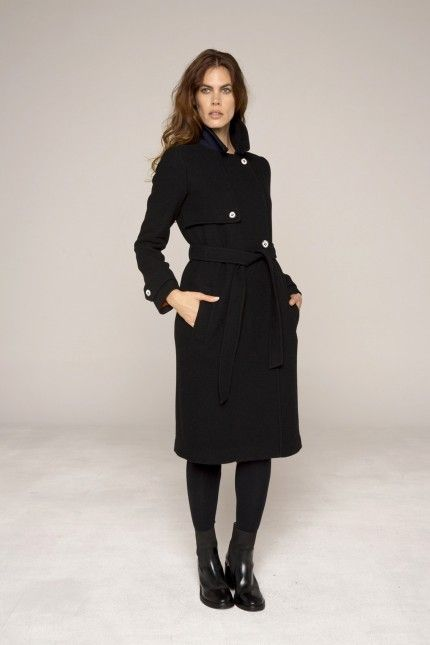 25 best ideas about manteau long femme on pinterest tenues avec gilet long manteau femme. Black Bedroom Furniture Sets. Home Design Ideas