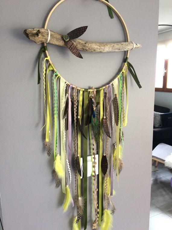 Attrape rêves / dreamcatcher / attrapeur de rêves géant en bois flotté, tons verts et Jaune et perles bois